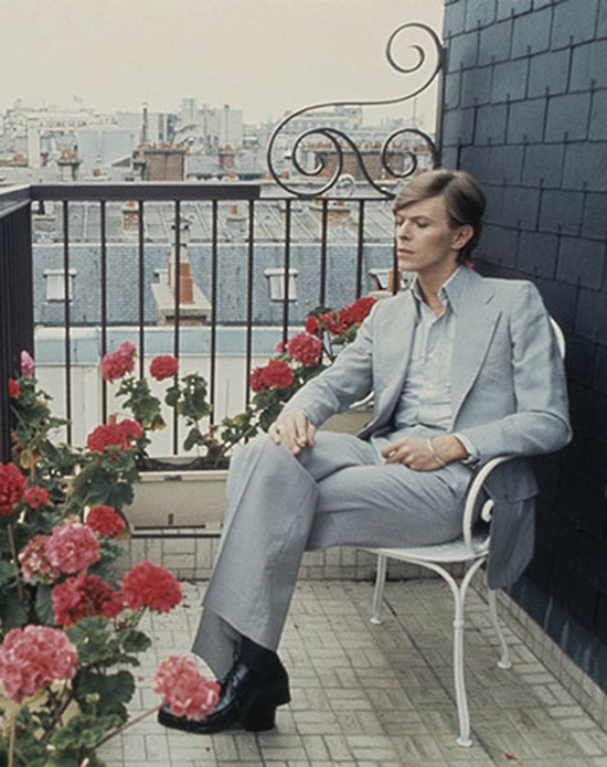 David-Bowie-in-Paris-1977-009