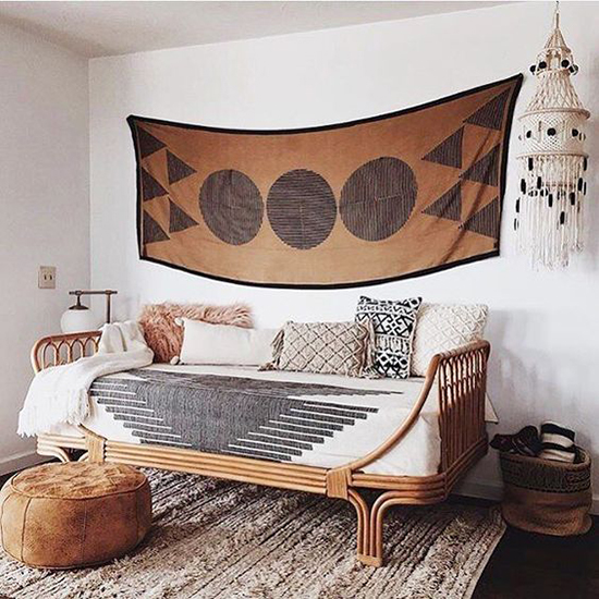 Rattan Daybed Room