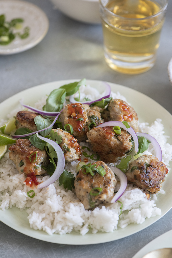 thai inspired meatballs | designlovefest